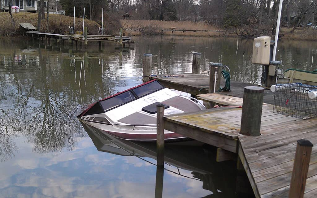 20 ft Powerboat Salvage