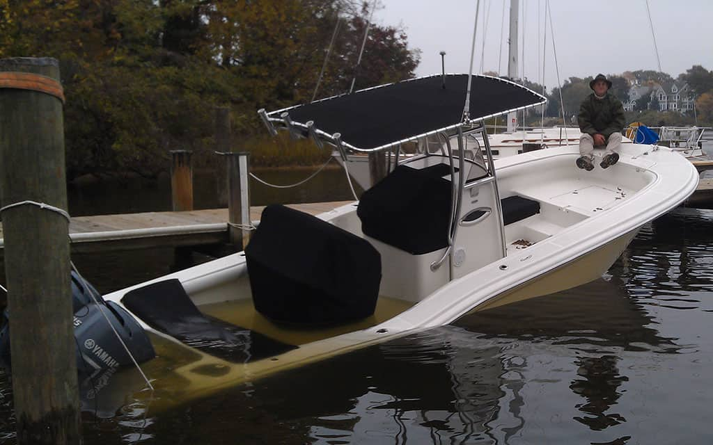 25 ft Powerboat Salvage